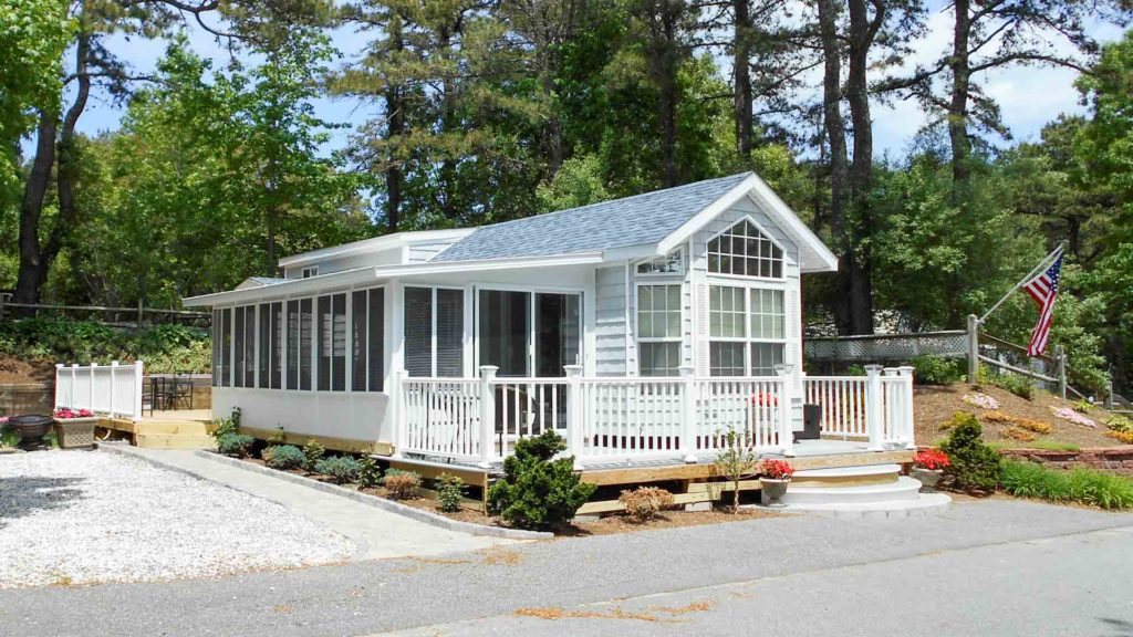 Family-friendly Cape Cod Campground - Peters Pond RV Resort