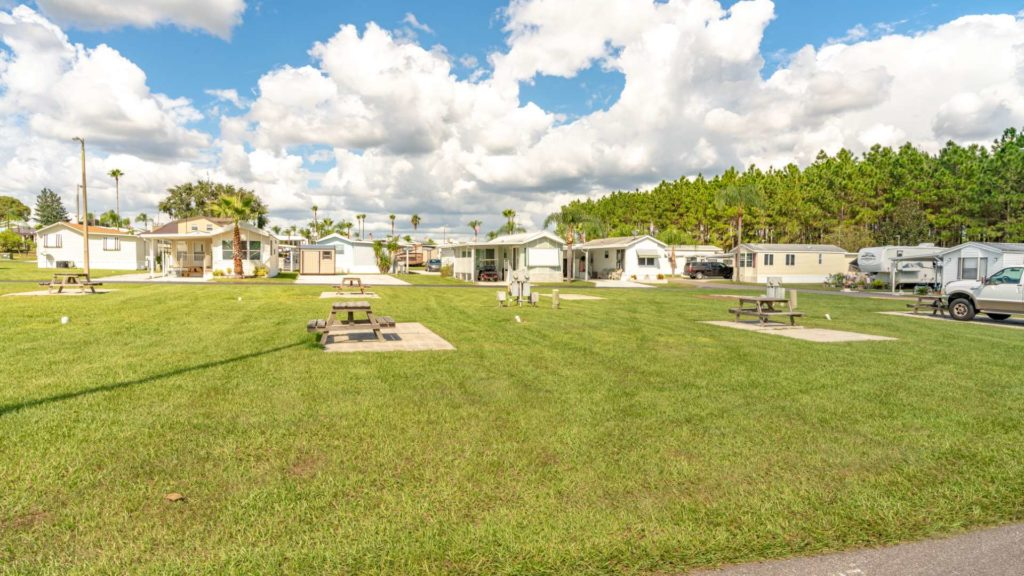 Grove Ridge RV Resort, Rentals and Manufactured Homes Community Back In Sites in Dade City, FL