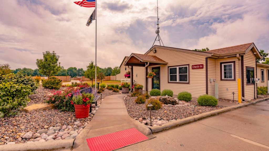 Sunset Lakes RV Resort Rentals Campground Security Office in Hillsdale, IL