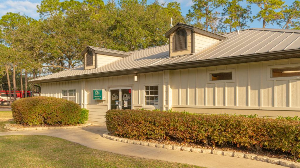 Tampa East RV Resort and Vacation Rentals Clubhouse in Dover, FL