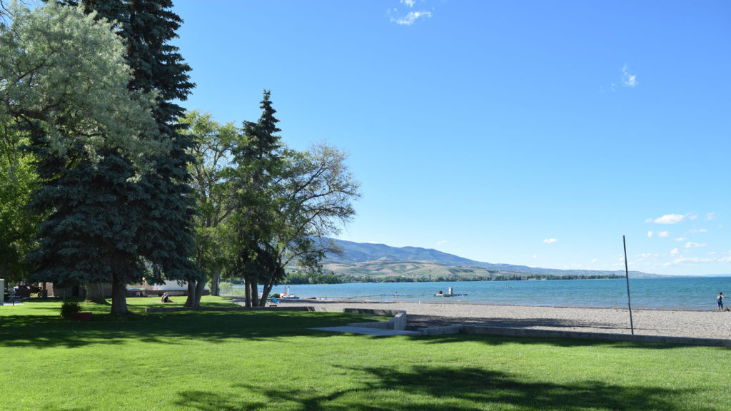 Blue Water Beach RV Resort, Hotel and Vacation Rentals Bear Lake Beach in Garden City, UT