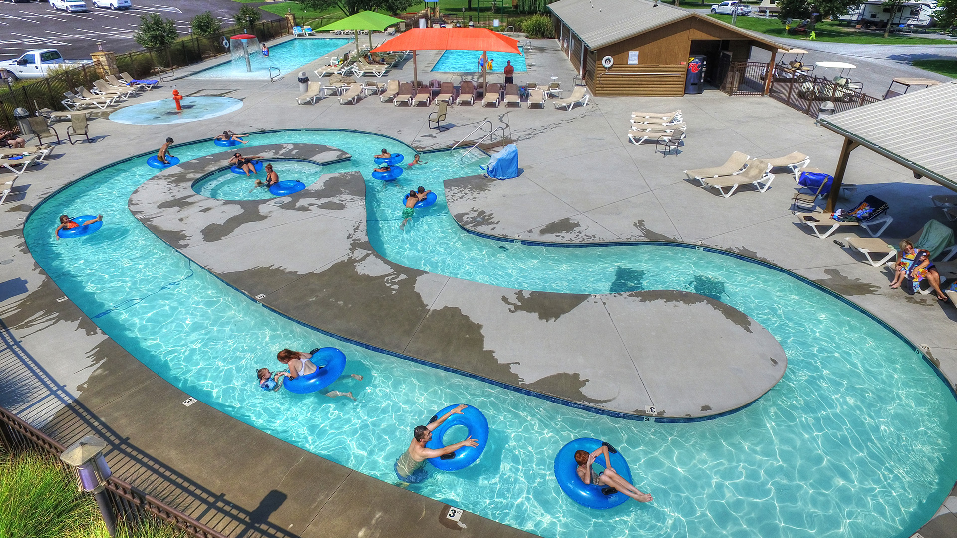 Lazy River at Sun Outdoors Pigeon Forge